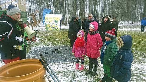Jaunieji ėjimo su lazdomis finalininkai – Emilis, Fausta ir kt.