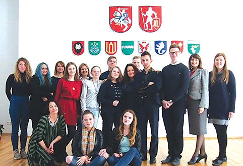 konferencijos SAVANORYSTĖ IR BENDRADARBIAVIMAS dalyviai