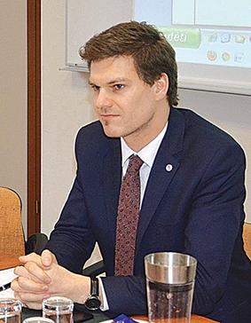 Socialinės apsaugos ir darbo viceministras E. Bingelis